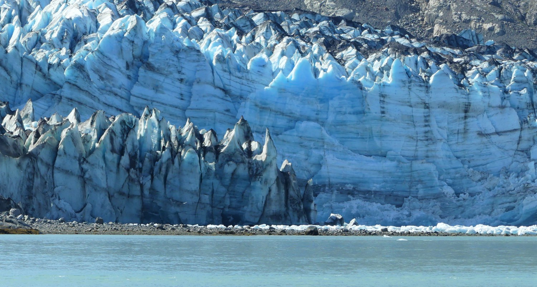 Aiguilles très effilées d'un glacier de Prince William Sound